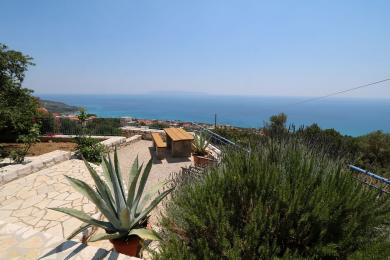 Ground floor house with amazing panoramic sea views, in Vlahata