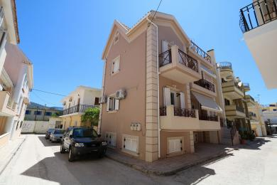 Apartment building a breath from Argostoli's central square