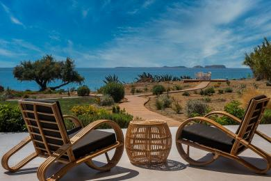 Grand Blue Beach Residences: Argilos